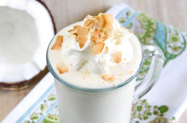 Рецепт                  Кокосовый молочный коктейль с бананом
