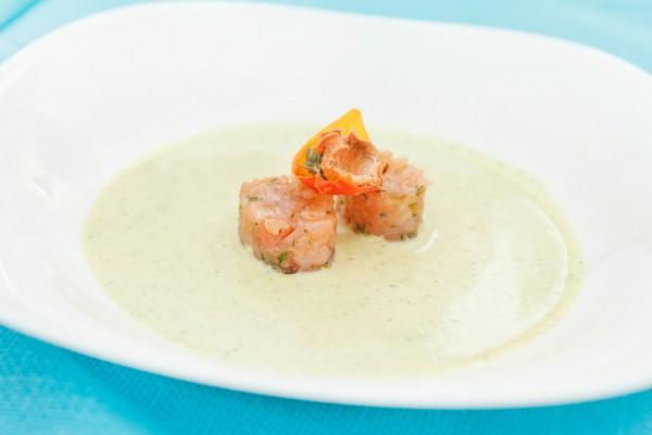 Рецепт                  Сырный суп с лососем
