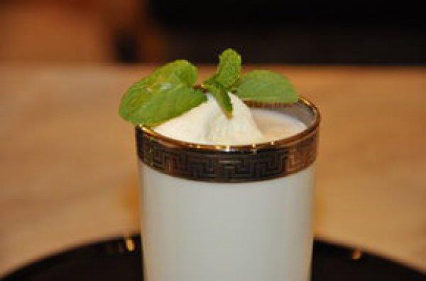 Рецепт                  Молоко с мятой и медом