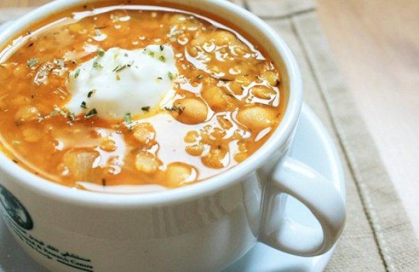 Рецепт                  Греческий томатный суп с чечевицей