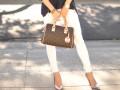 С чем носить белые джинсы: восемь интересных идей