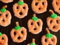 Как приготовить тыквенные крендельки на Хэллоуин