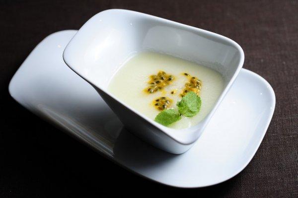 Рецепт                  Холодный летний суп из дыни
