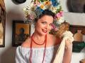 Наташа Королева примерила образ украинской хозяюшки в свежей фотосессии