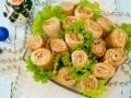 Блюда на Новый год: ТОП-5 рецептов блинных роллов с лососем