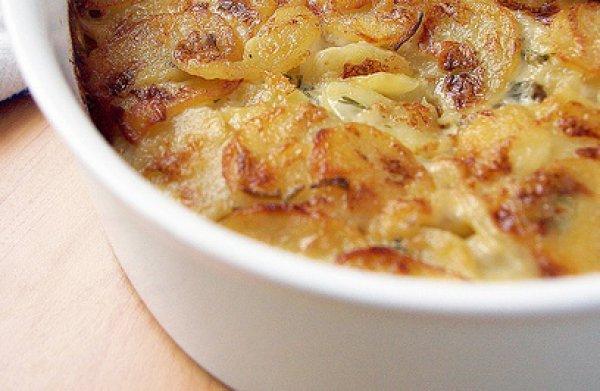 Рецепт                  Картофель со сливками и чесноком