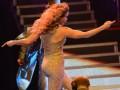 На Джей Ло еле налез наряд на концерте в Москве