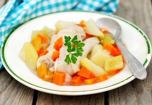Рецепт                  Куриные ножки с картофелем в мультиварке