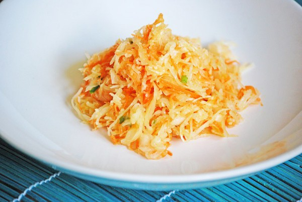 Рецепт                  Постный салат из квашеной капусты и моркови