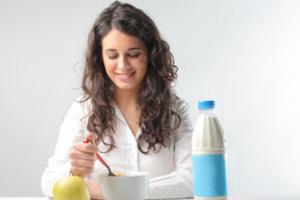 Молоко – источник кальция, который доступен каждому из нас