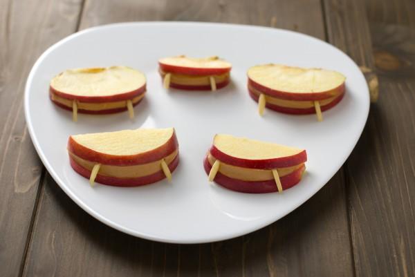 Рецепт                  Рецепт на Хэллоуин: Яблочные челюсти