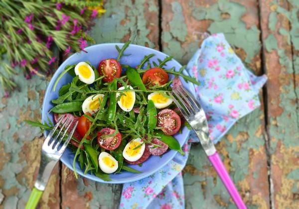 Рецепт                  Пасхальные рецепты: Весенний салат из рукколы