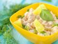 Рецепты салатов с курицей и ананасом: три вкусные идеи
