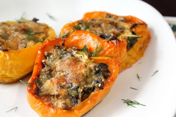 Рецепт                  Фаршированный перец с грибами и сыром