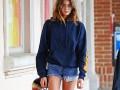 15-летняя дочь Синди Кроуфорд похвасталась стройными ножками