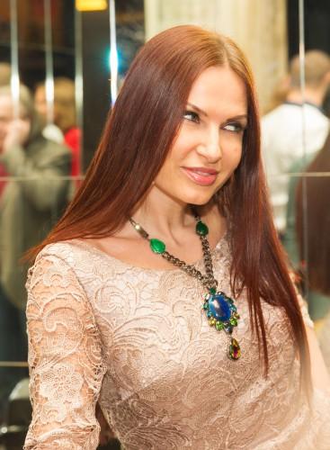 Эвелина бледанс стиль актер алексей из сериала школа