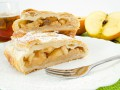 Осенние десерты с яблоками: ТОП-5 рецептов