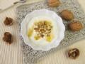 Греческий йогурт с медом и орехами