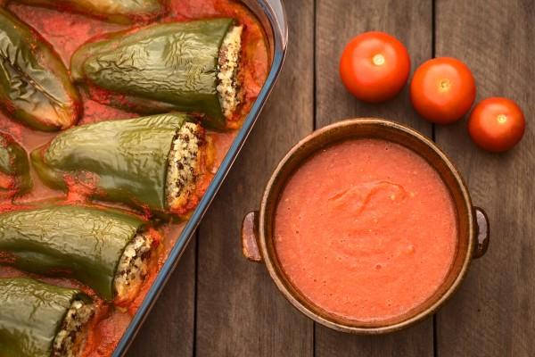 Рецепт                  Фаршированный перец в томатном соусе