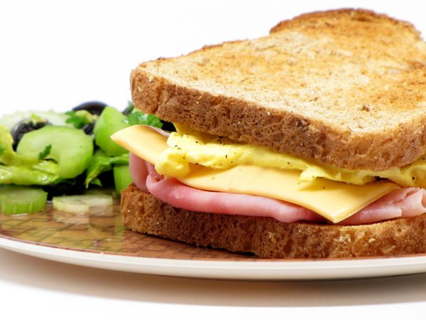 Рецепт                  Сэндвич с яйцом и беконом