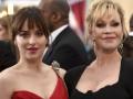 Дакота Джонсон повздорила с мамой на церемонии Оскар 2015