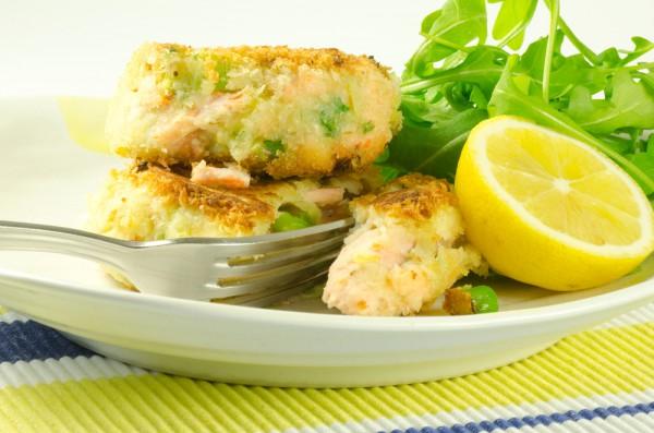 рыбные котлеты с творогом и овощами