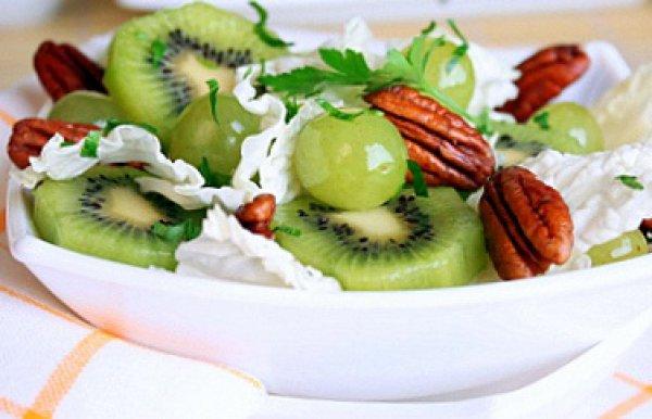 Рецепт                  Салат из винограда и киви