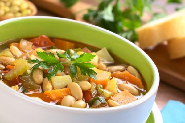 Рецепт                  Суп с фасолью и картофелем