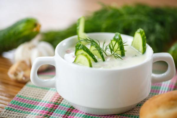 Рецепт                  Суп из огурцов с плавленым сыром