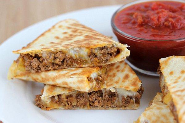 Рецепт                  Кесадилья с мясом и помидорами