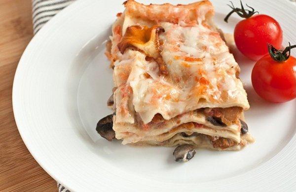 Рецепт                  Лазанья с грибами и томатным соусом
