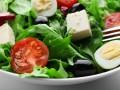 Новогодний салат из рукколы с фетой