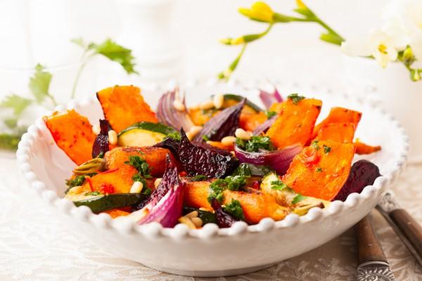 Рецепт                  Салат из запеченной тыквы и свеклы