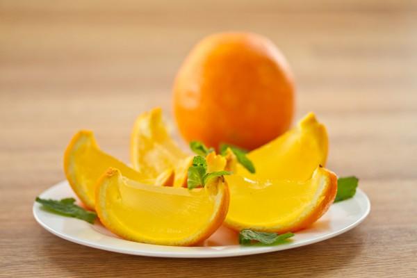 Рецепт                  Желе в апельсинах