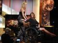 Джулия Робертс явилась на кинопремию года в инвалидной коляске (ФОТО)