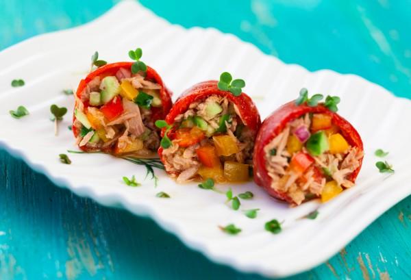 Рецепт                  Фаршированный перец с салатом из тунца