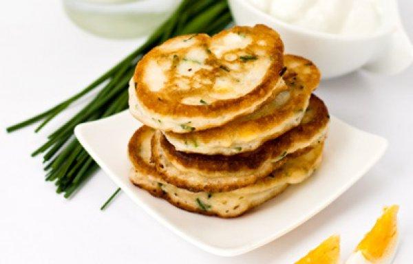 Рецепт                  Оладьи с луком и яйцом