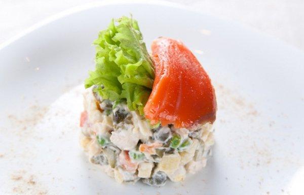 Рецепт                  Оливье с лососем от Даши Малаховой