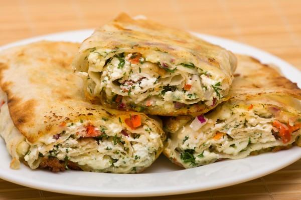 Рецепт                  Лаваш на гриле с помидорами и сыром