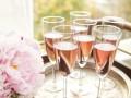 Блестки в бокале: появился глиттер для шампанского