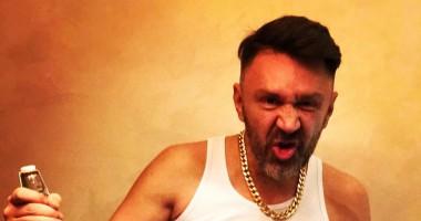 Сергей Шнуров представил видео к фильму Елки 5 с Иваном Ургантом