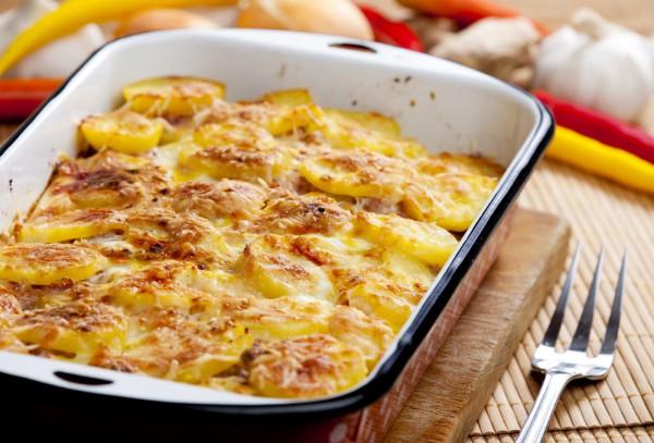 Картофельный гратен с вялеными томатами – кулинарный рецепт