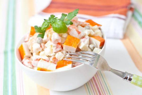 Рецепт                  Салат из крабовых палочек с креветками