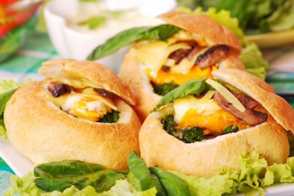 Фаршированные булочки с грибами и сыром
