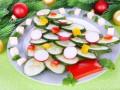 Как приготовить салат Новогодняя елка (видео)