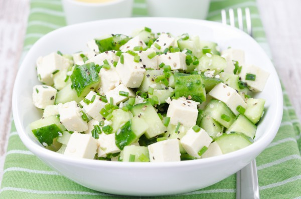 Рецепт                  Рождественский пост 2014-2015: Салат с огурцами и тофу