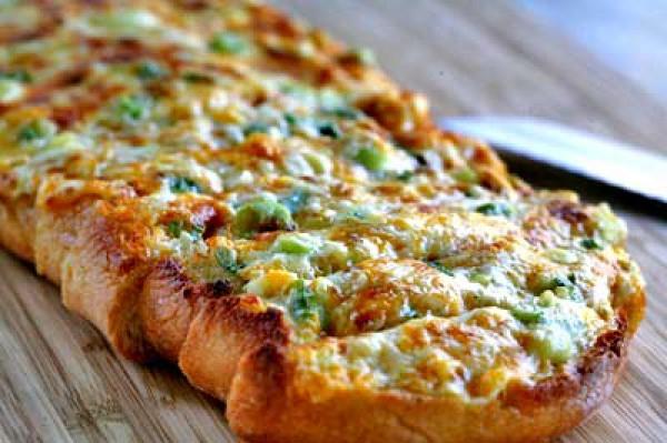 Рецепт                  Хлеб с сыром и зеленым луком