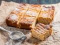 Как приготовить тертый творожный пирог (видео)