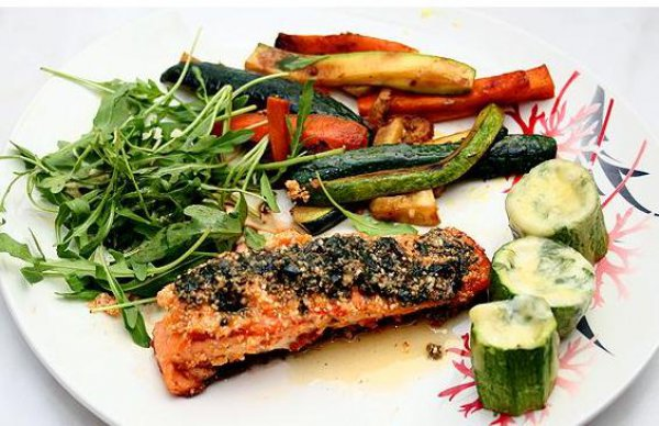 Рецепт                  Запеченная семга с овощным гарниром