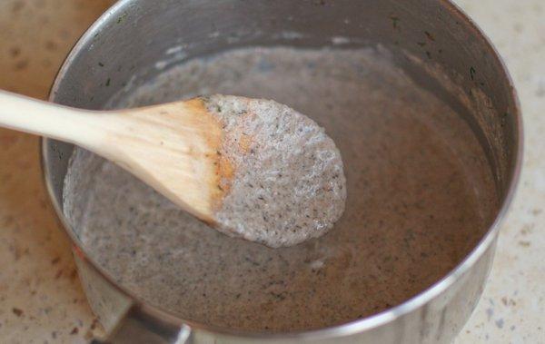 Рецепт                  Сливочный соус из шампиньонов с чесноком
